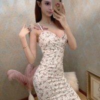 可憐で爽やかなホワイトと小花の大人ガーリースタイルを取り入れたドレス(キャバドレス・CABARETDRESS)