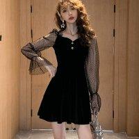 重く見えがちなブラックカラーでも愛らしくロマンティックなドレス(SEXYDRESS)