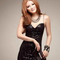 動くたびに光を反射するスパンコールが上品に輝くドレス(SEXYDRESS) ブラック