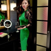 レース袖の切り替えから大人のセンシャルムードが溢れるドレス(SEXYDRESS) グリーン