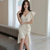 【歳末SALE☆全品15%OFF】女性をより美しく魅せるフリルショルダードレス(キャバドレス・CABARETDRESS)