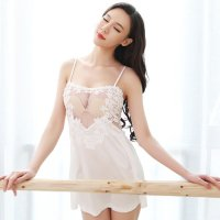 【値引率UP☆全品15%OFF】エレガントな刺繍が胸元を飾るベビードール(BABYDOLL) ホワイト