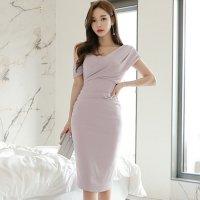 デコルテを魅せるアシメショルダーのドレス(キャバドレス・CABARETDRESS)