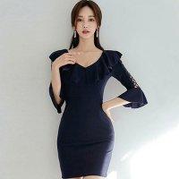 大胆カットのデコルテライン、ボディラインくっきりのタイト感がセクシーなミニ丈ドレス(キャバドレス・CABARETDRESS)