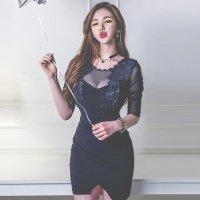 【最大25%OFF☆ホワイトデー】胸元の花柄レースが気品高く肌魅せミニ丈ドレス(キャバドレス・CABARETDRESS)