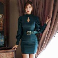 落ち着いた色合いで女性らしいパフスリーブのミニ丈ドレス(キャバドレス・CABARETDRESS)
