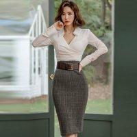 出来る大人の女性を演出できる上品なミディ丈ドレス(キャバドレス・CABARETDRESS)