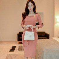 ウエストからサイドにかけて入ったフリルデザインにより美ラインを演出するドレス(キャバドレス・CABARETDRESS)