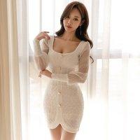 透け感たっぷりシースルー袖とデコルテが大きく開いたデザインが女性らしいミニ丈ドレス(キャバドレス・CABARETDRESS)