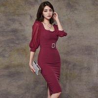 タイトシルエットが艶っぽい大人女性の魅力溢れるミディ丈ドレス(キャバドレス・CABARETDRESS)
