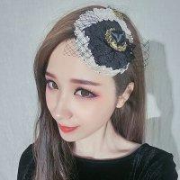 バラのモチーフやゴールドパーツがクラシカルな印象を与えるヘッドドレス(HEAD DRESS)