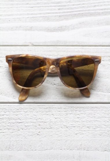 Wayfarer � Light Color Tortoise Limited Edition