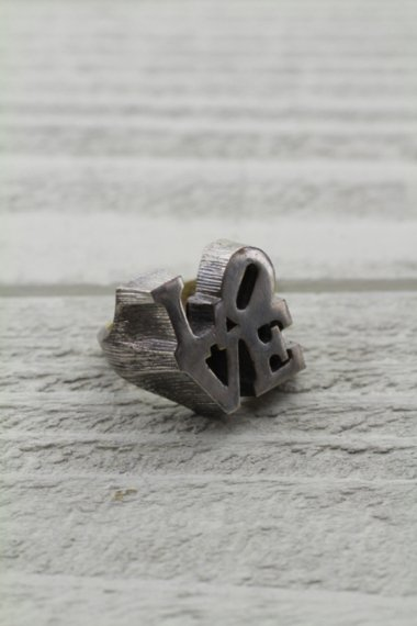 ROVERT INDIANA Design Ring
