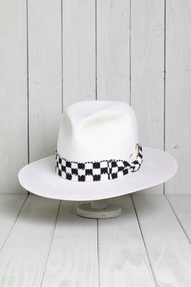 Check Ribbon Hat White