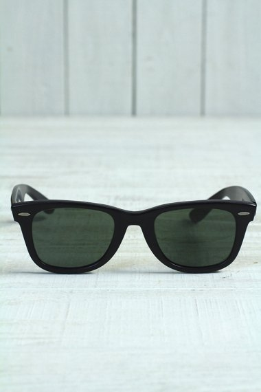 Wayfarer Mad Frame Black