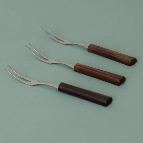 DENMARK ROSEWOOD HANDLE FRUITS FORK