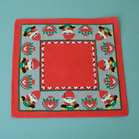 SWEDEN BOWA RED/GREY TABLE MAT