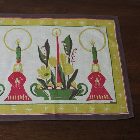 SWEDEN CANDLES&FLOWERS TABLE RUNNER