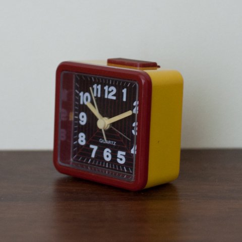 EUROPE MADE RED/YELLOW/BLACK ALARM CLOCK