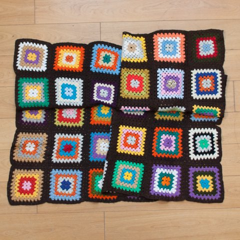 DENMARK BROWN BASE GRANNY BLANKET