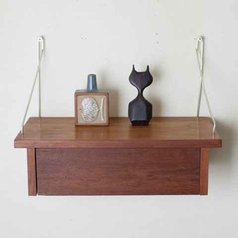DENMARK TEAK WALL SHELF(B)