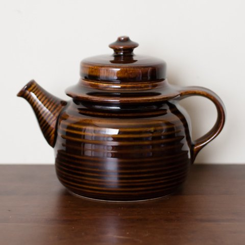 ARABIA Ulla Procope GD MAHONKI TEA POT