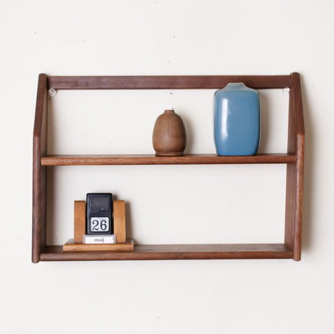 DENMARK SOLID TEAK WALL SHELF(W32.8)