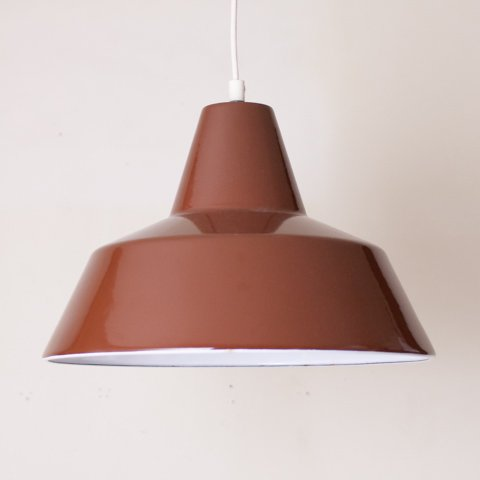 DENMARK LOUIS POULSEN BROWN ENAMEL LAMP