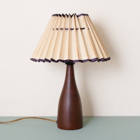 DENMARK SOLID TEAK BASE TABLE LAMP W/VINTAGE SHADE