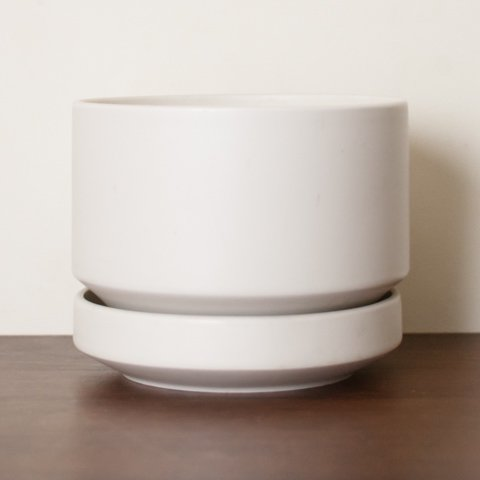 ARABIA FINLAND MAT WHITE FLOWER POT (L)