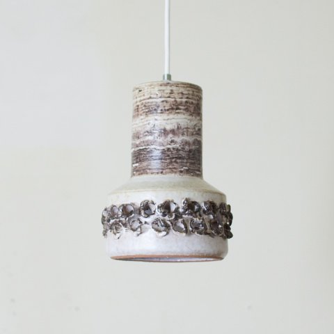 DENMARK IVORY/DK.BROWN CERAMIC PENDANT LAMP (A)