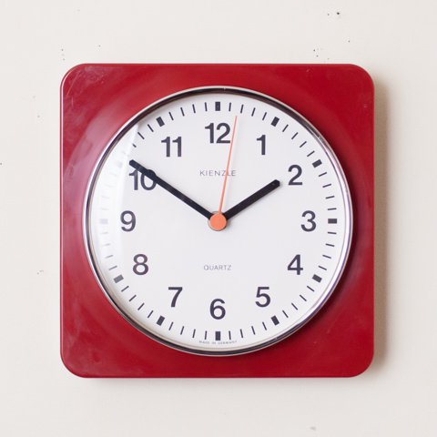 GERMANY KIENZLE RED PLASTIC WALL CLOCK