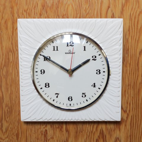GERMANY GARANT MILKY WHITE CERAMIC CLOCK