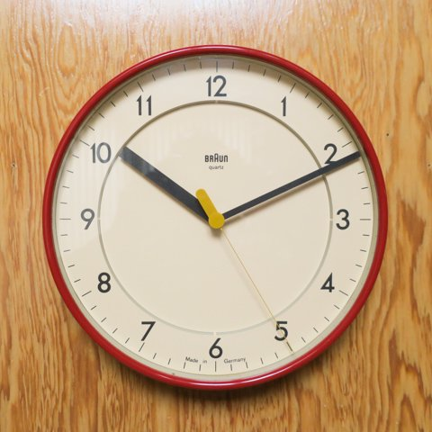 BRAUN GERMANY ABK31 IVORY/RED CLOCK