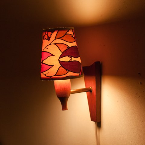 DENMARK TEAK WALL LAMP/VINTAGE PATTERNED SHADE
