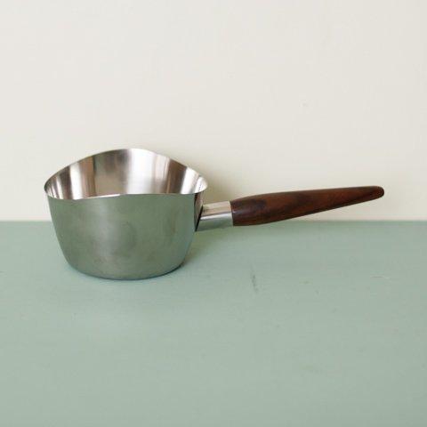 DENMARK STAINLESS/TEAK HANDLE SAUCE PAN