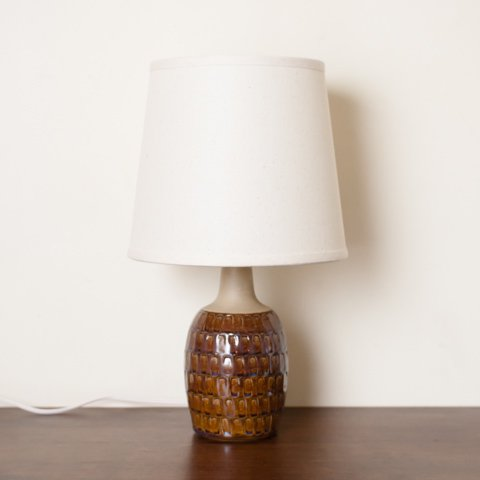 DENMARK SOHLM DK.BROWN/TERRA COTTA CERAMIC TABLE LAMP