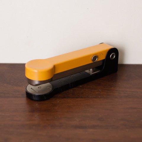DENMARK folle 24 YELLOW/BLACK stapler