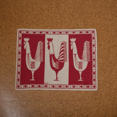 SWEDEN RED/WHITE 3 CHICKENS EASTER TABLE MAT