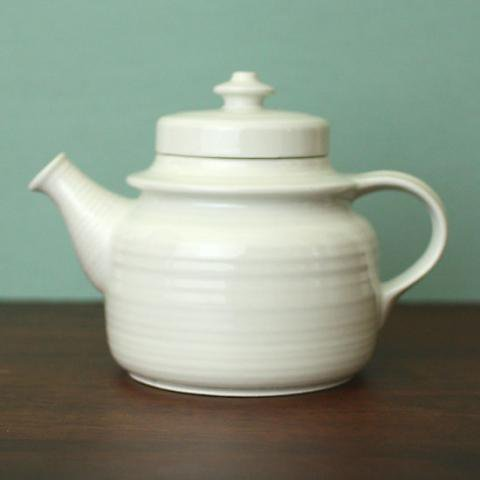 ARABIA Ulla Procope GD WHITE TEA POT
