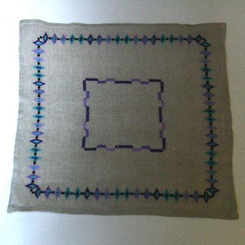 SWEDEN E DIAMOND PATTERN MBROIDERY MAT