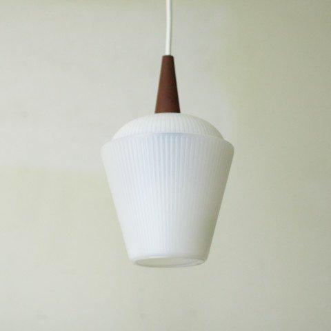 DENMARK MILKY WHITE PLASTIC SHADE/TEAK TOP LAMP