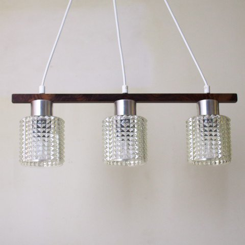 DENMARK CLEAR PLASTIC 3 SHADES/ROSEWOOD TOP LAMP