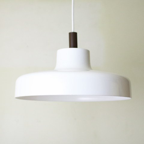 W.GERMANY MILKY WHITE/BROWN TOP PLASTIC LAMP
