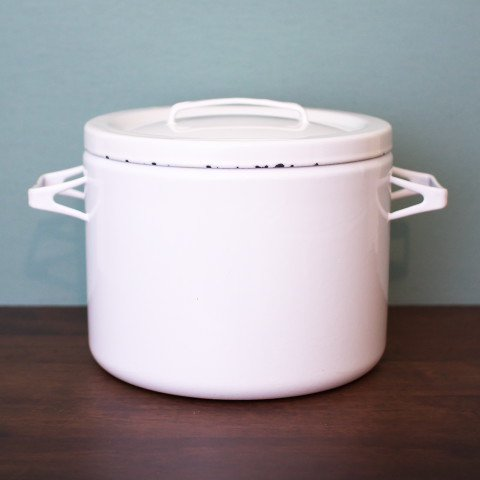 FINLAND FINEL/ARABIA WHITE ENAMEL STOCK POT