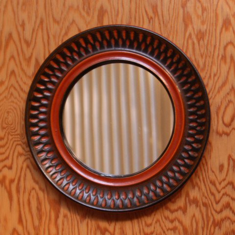 SCANDINAVIAN DK.BROWN/BRICK CERAMIC FRAME ROUND MIRROR