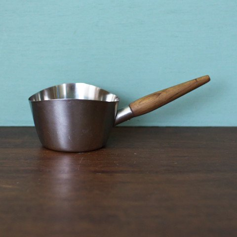 DENMARKK STAINLESS/TEAK HANDLE SMALL SAUCE PAN