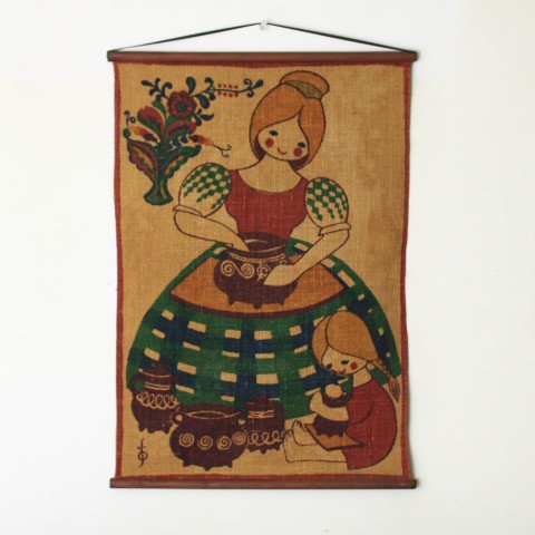 SWEDEN JUTE SAND/CUTE MOM AND CHILD TAPESTRY