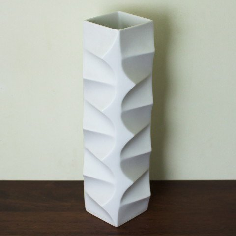 W.GERMANY HUTCHEN REUTHER MAT WHITE OPTICAL TALL VASE