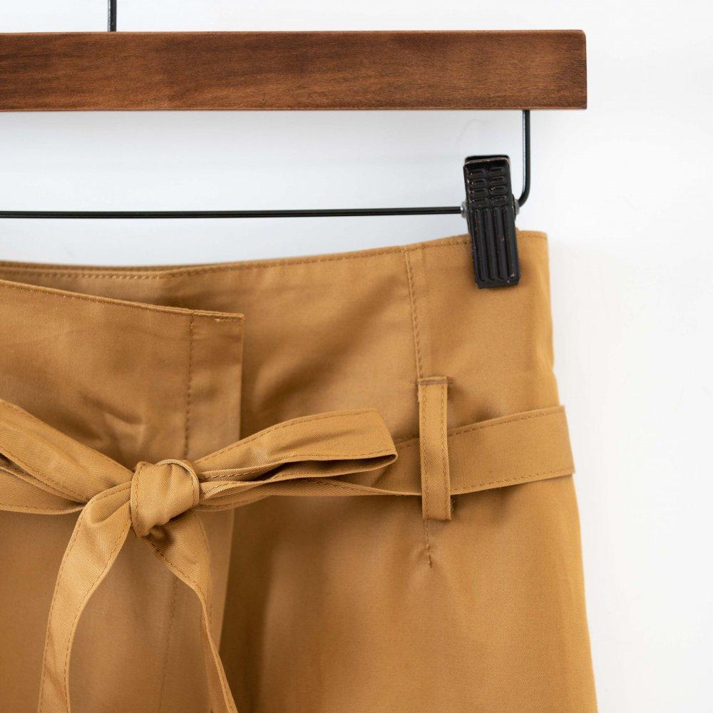 【SALE40%OFF】nicholson&nicholson AMBER サッシュリボンのラップスカート CAM